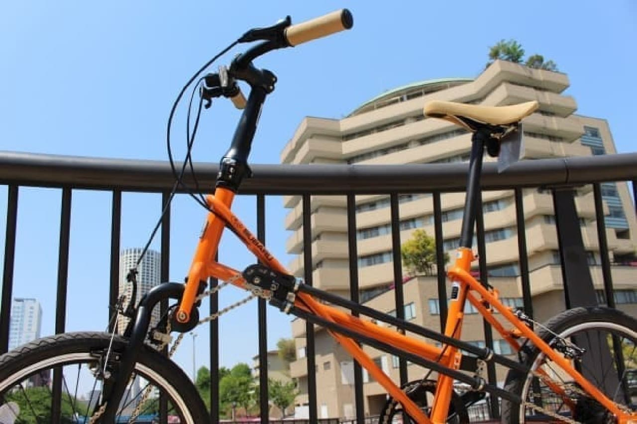 「SUBARUオリジナルデザインAWD自転車」オレンジカラー