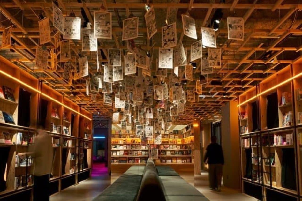 泊まれる本屋「BOOK AND BED TOKYO 新宿店」
