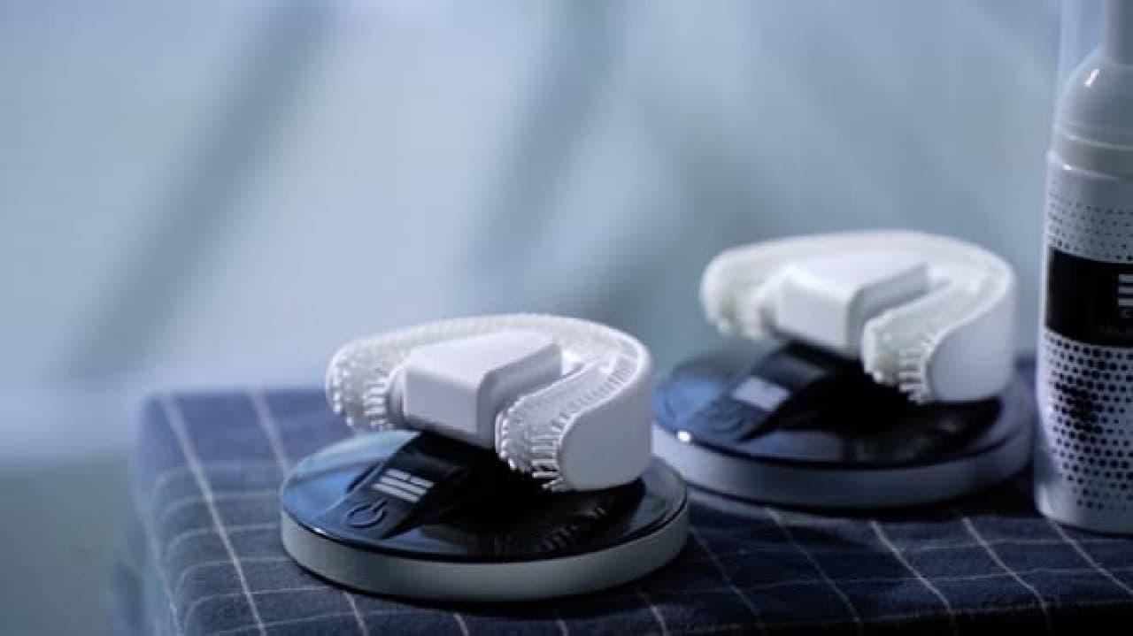全部の歯を同時に磨く超音波歯ブラシ「CHIIZ」