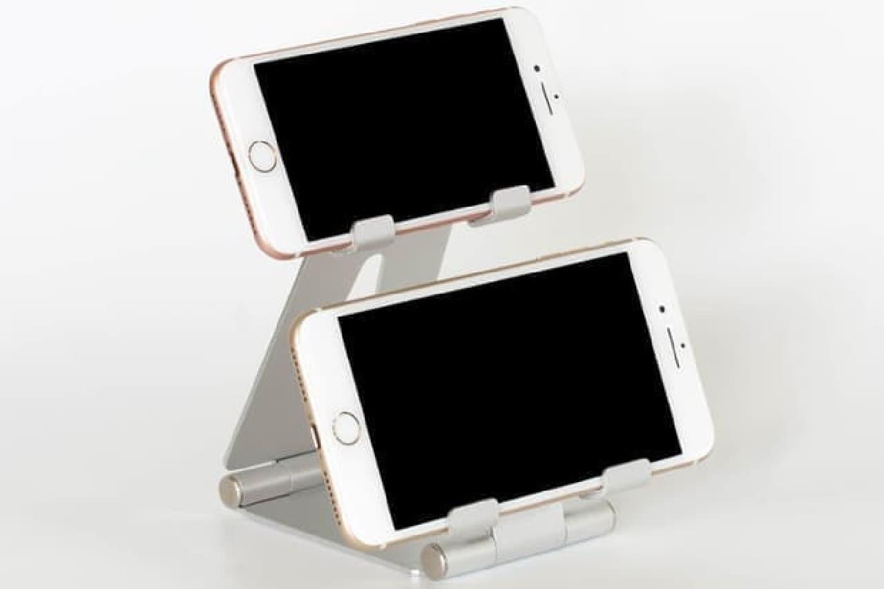 スマートフォンを上下で2台設置できるスタンド「DN-915418」