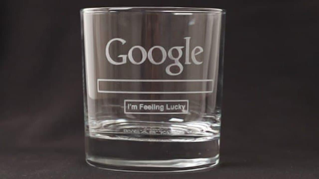 Googleロゴの入ったグラス「Google Glass」