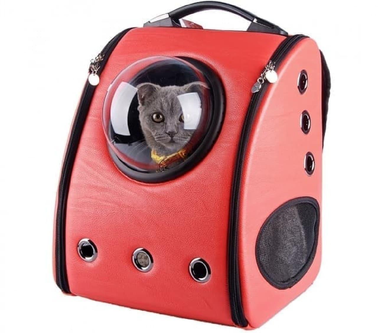 宇宙船型ペットキャリー「スペースポッド」