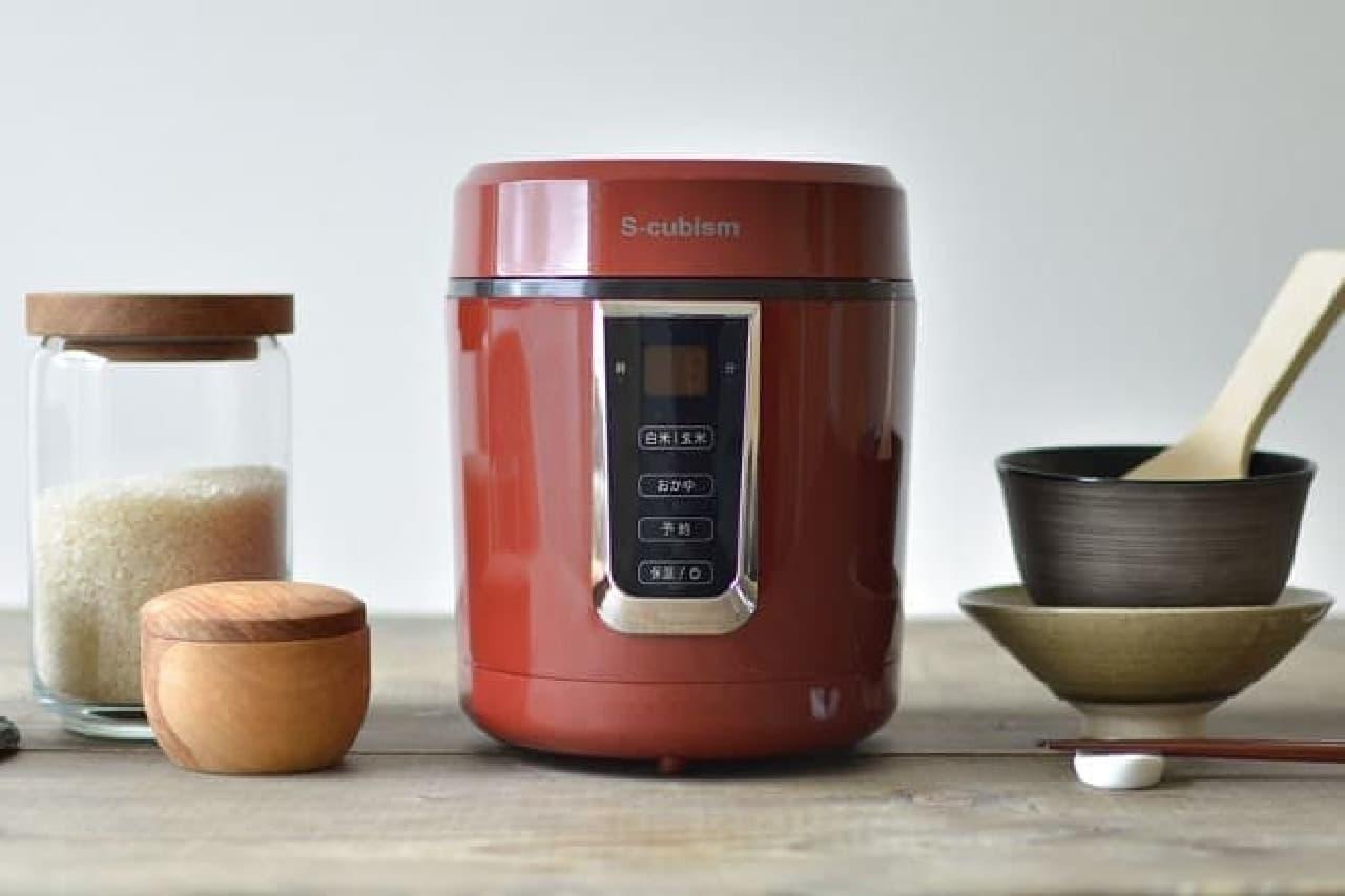 ピクセラの炊飯器「SCR-H15」