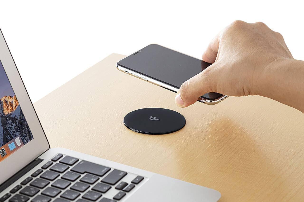 デスク上にワイヤレス充電スポットを追加できる「WLC-BLT15BK」