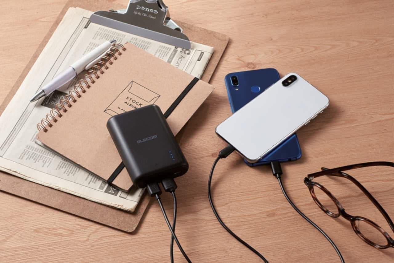 USB Type-Cケーブルつきモバイルバッテリー「DE-C15L-10050」
