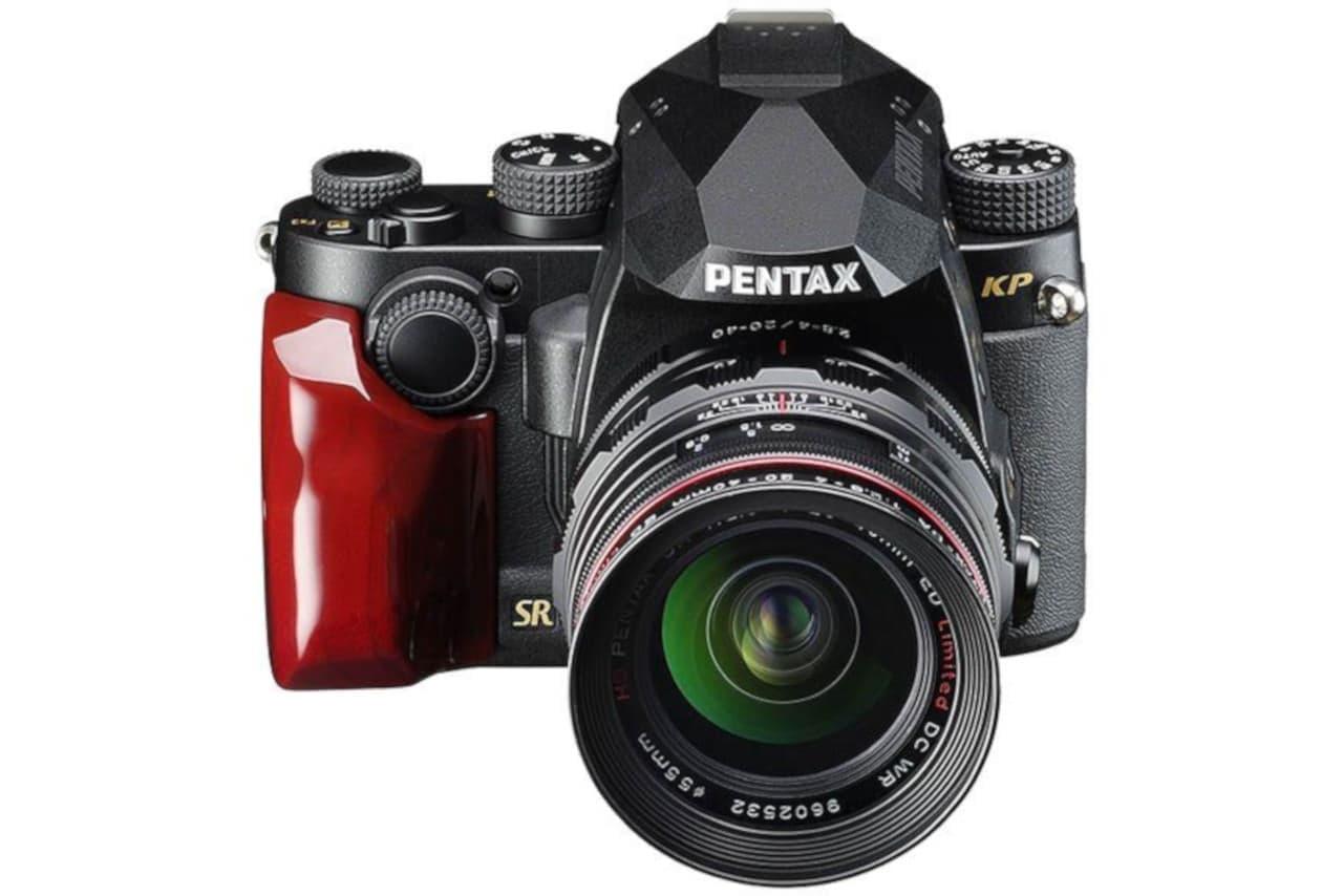 一眼レフ「PENTAX KP」にファクトリーカスタムモデル「J limited」