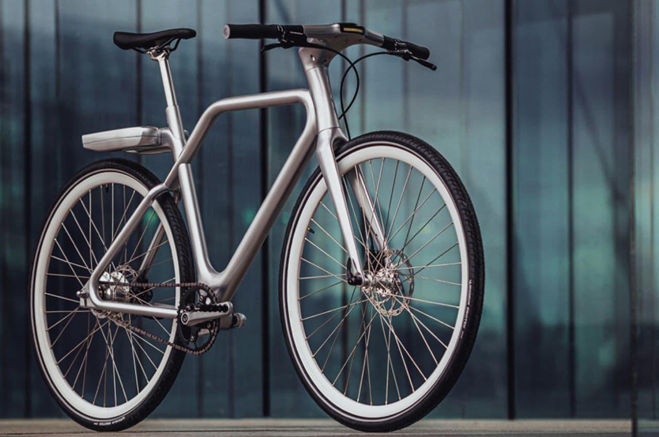 2時間の充電で70km走れるE-bike「ANGELL」