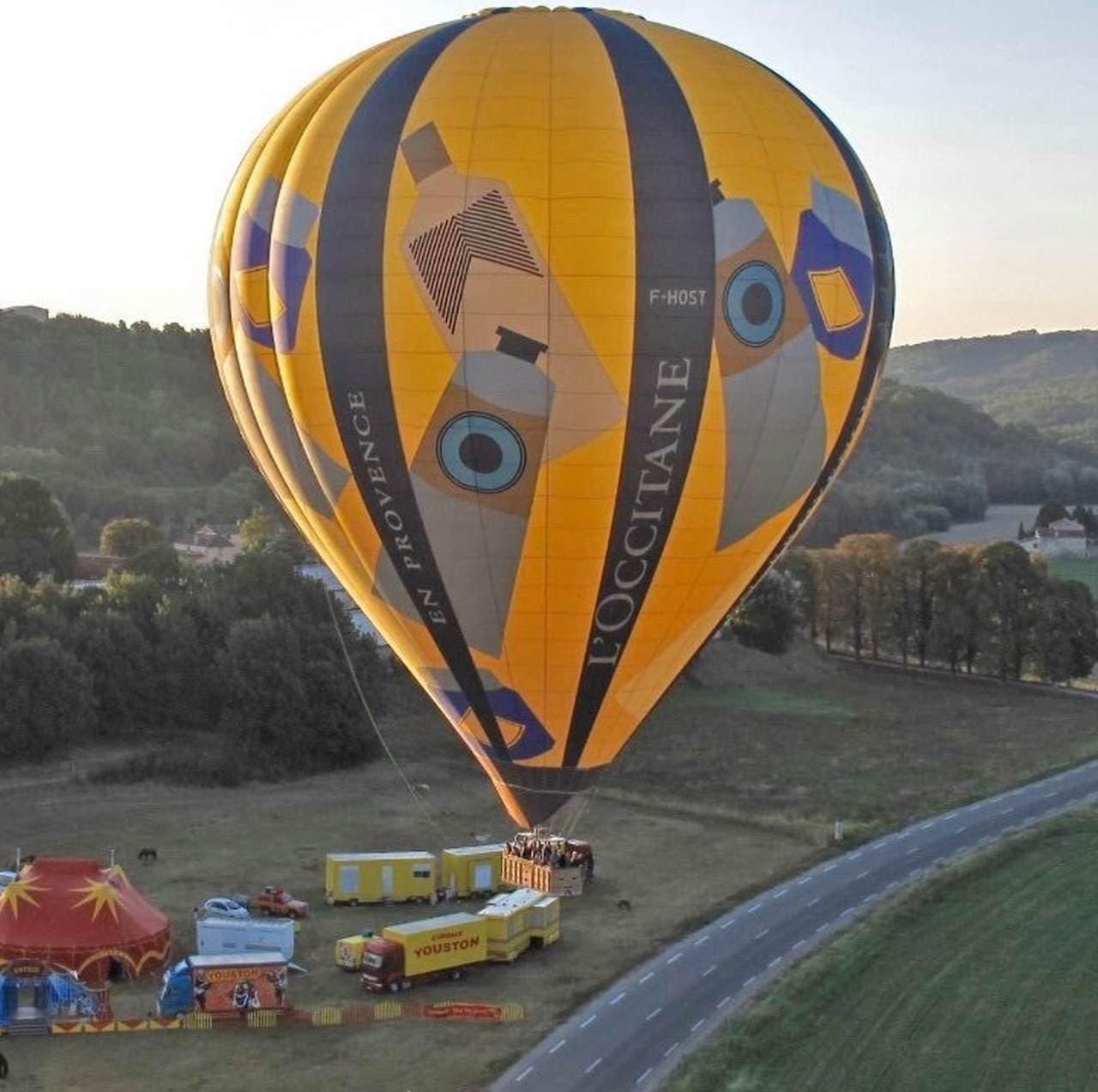 気球を医療用ガウンに ハンドクリームを寄付 ロクシタンによる医療従事者へのサポート