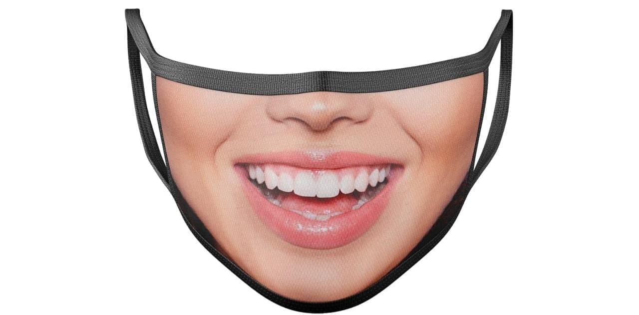 マスクをしても笑顔は満開!笑顔写真をプリントするマスク「Your Own Smile! 」