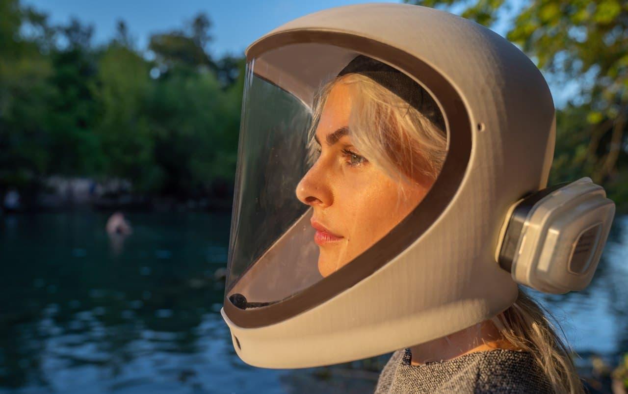 元潜水艦乗りの作ったフルフェイスなマスク「NE-1」 - ウイルスカットはもちろん マイク&スピーカー機能も