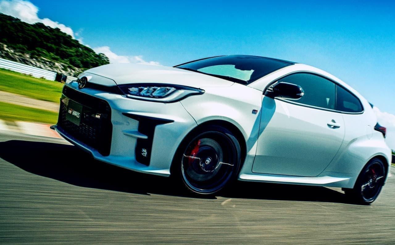 トヨタが新型車GRヤリスを発売