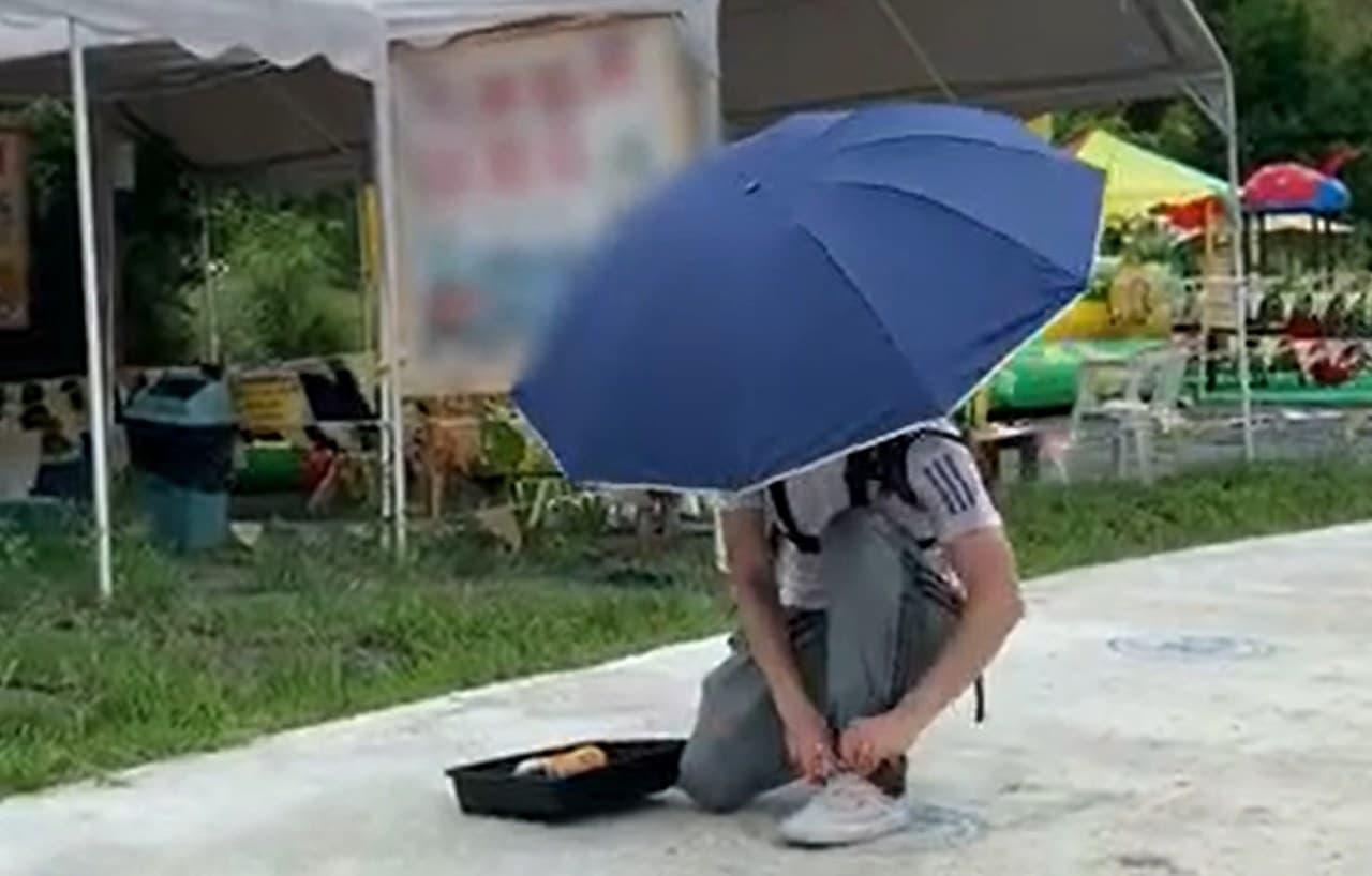 ハンズフリーで使える傘Primo Supplyの「Wearable Hands-Free Umbrella」