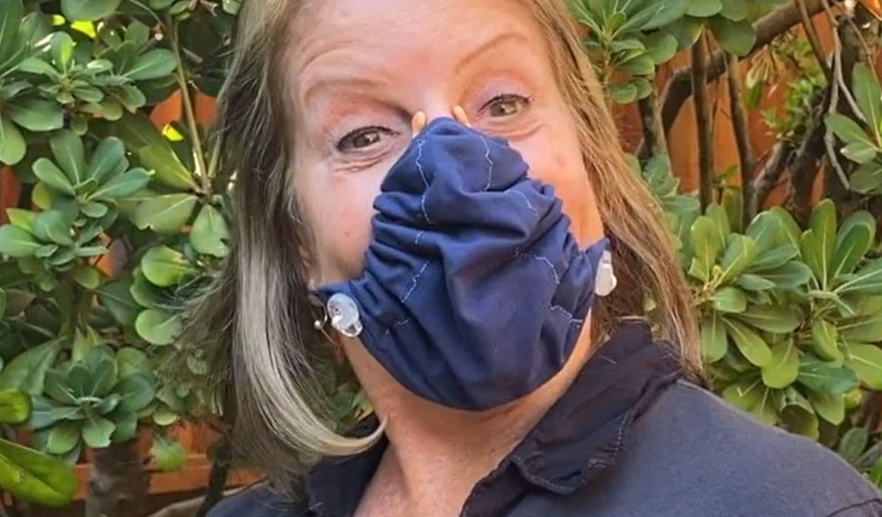 鼻と口だけ 最小限をカバーするマスク「ホバーマスク」