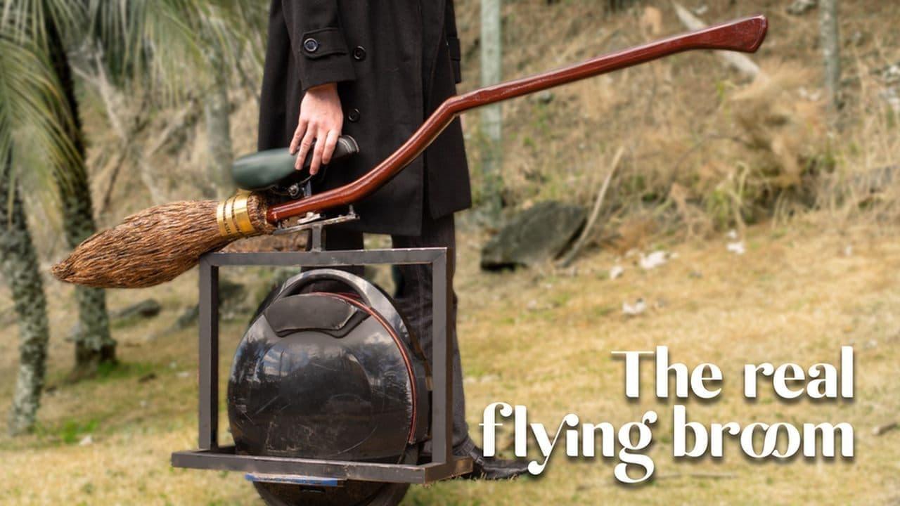 ハリポタファン注目!空飛ぶほうき気分を味わえる「Real Flying Broom」