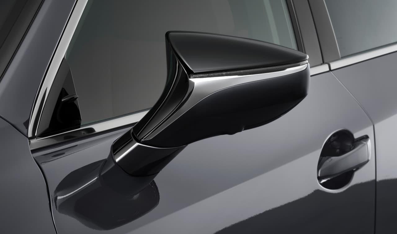 "LEXUS「IS」にブラック装備を基調としたスポーティな特別仕様車""F SPORT Mode Black"""