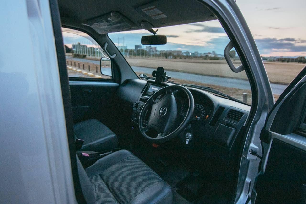トヨタ「ライトエース」ベースのキャンピングカー「Kago」 Dream Driveがレンタル開始