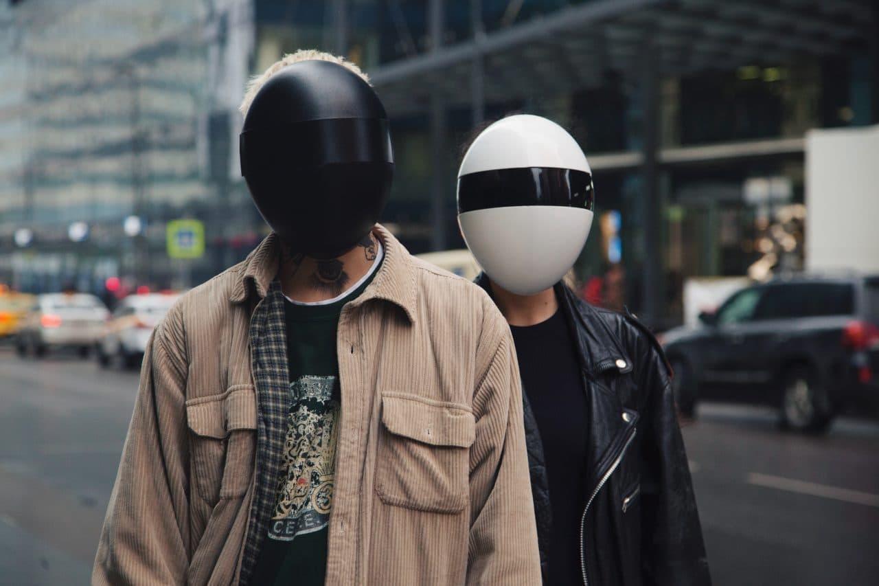 フルフェイスのマスク「Blanc」 - 感染症からもプライバシーの侵害からも守る