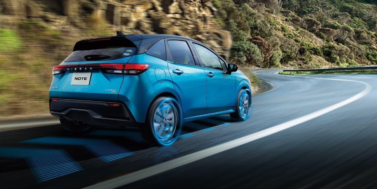 日産 新型ノート e-POWER 4WDを発表