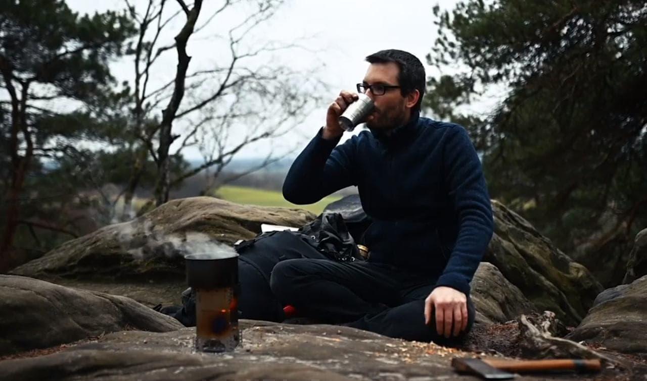 ソロキャンプに!ポケットサイズで携帯しやすい焚火台「Flexfire」一般販売開始