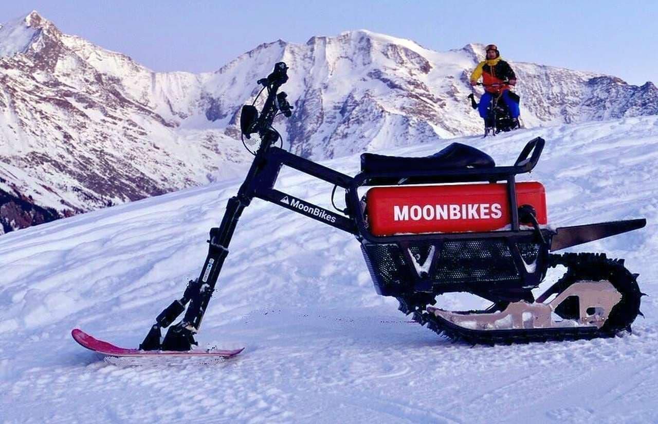 電動化の波は雪上車両にも MoonBikes Motorsが電動スノーバイクを発表