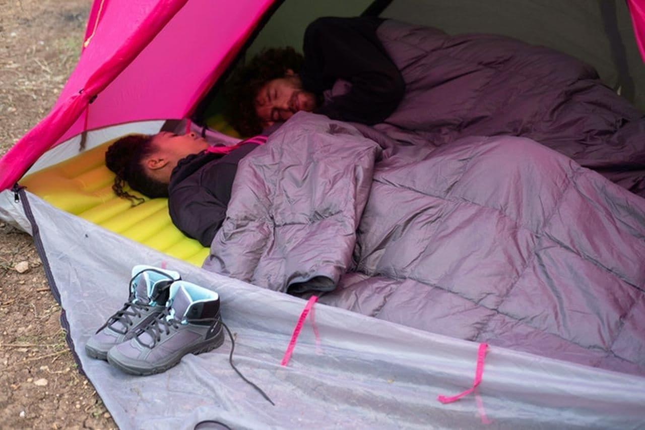 テント・マットレス・寝袋がひとつになったぼっちテント「RhinoWolf2.0」