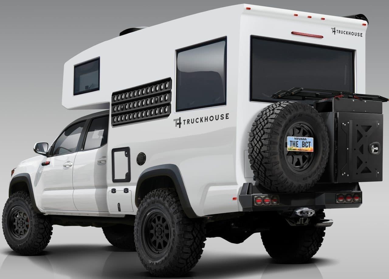 トヨタタコマベースのキャンピングカー TruckHouse BCT