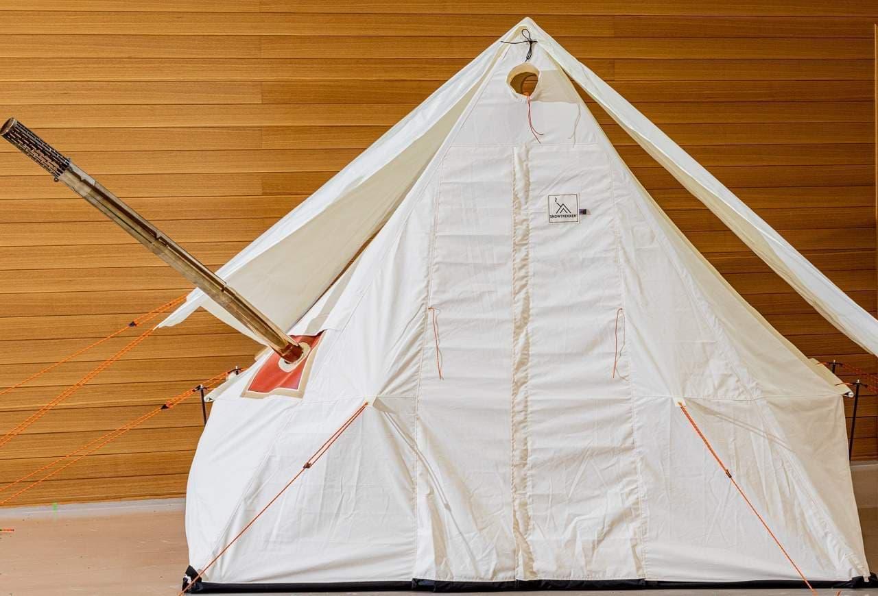 真の冬用テント!煙突穴付き「スノートレッカーテント」販売開始