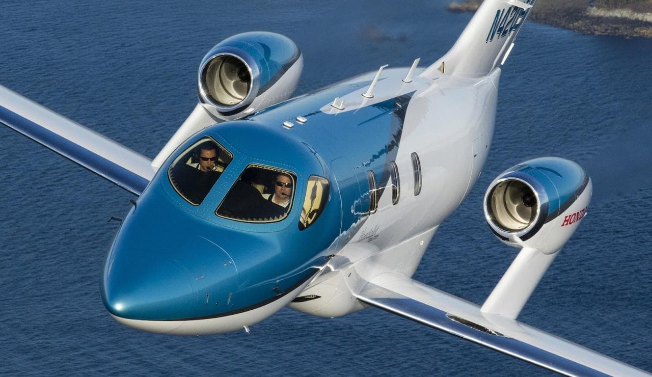 HondaJet ロシアでの初号機の運用開始