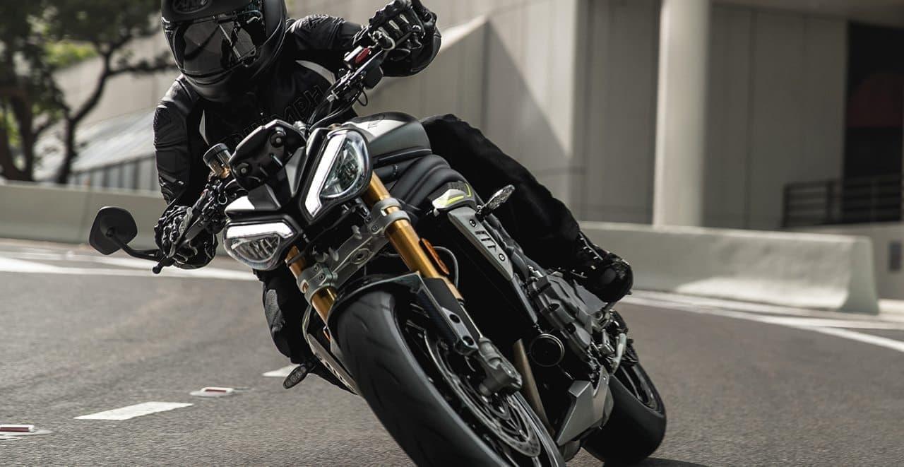 トライアンフ新型Speed Triple 1200 RS予約受付開始 -