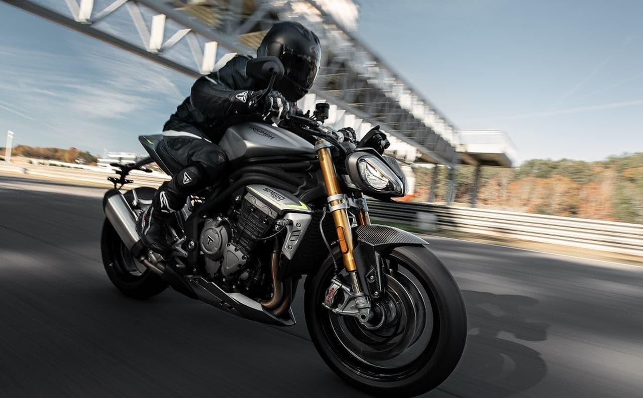 トライアンフ新型Speed Triple 1200 RS予約受付開始