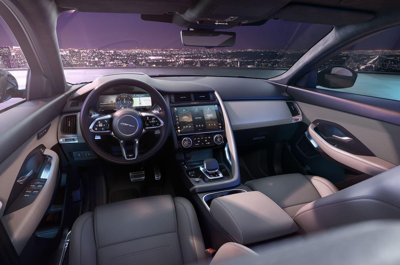 ジャガーのコンパクトSUV「E-PACE」に2021年モデル