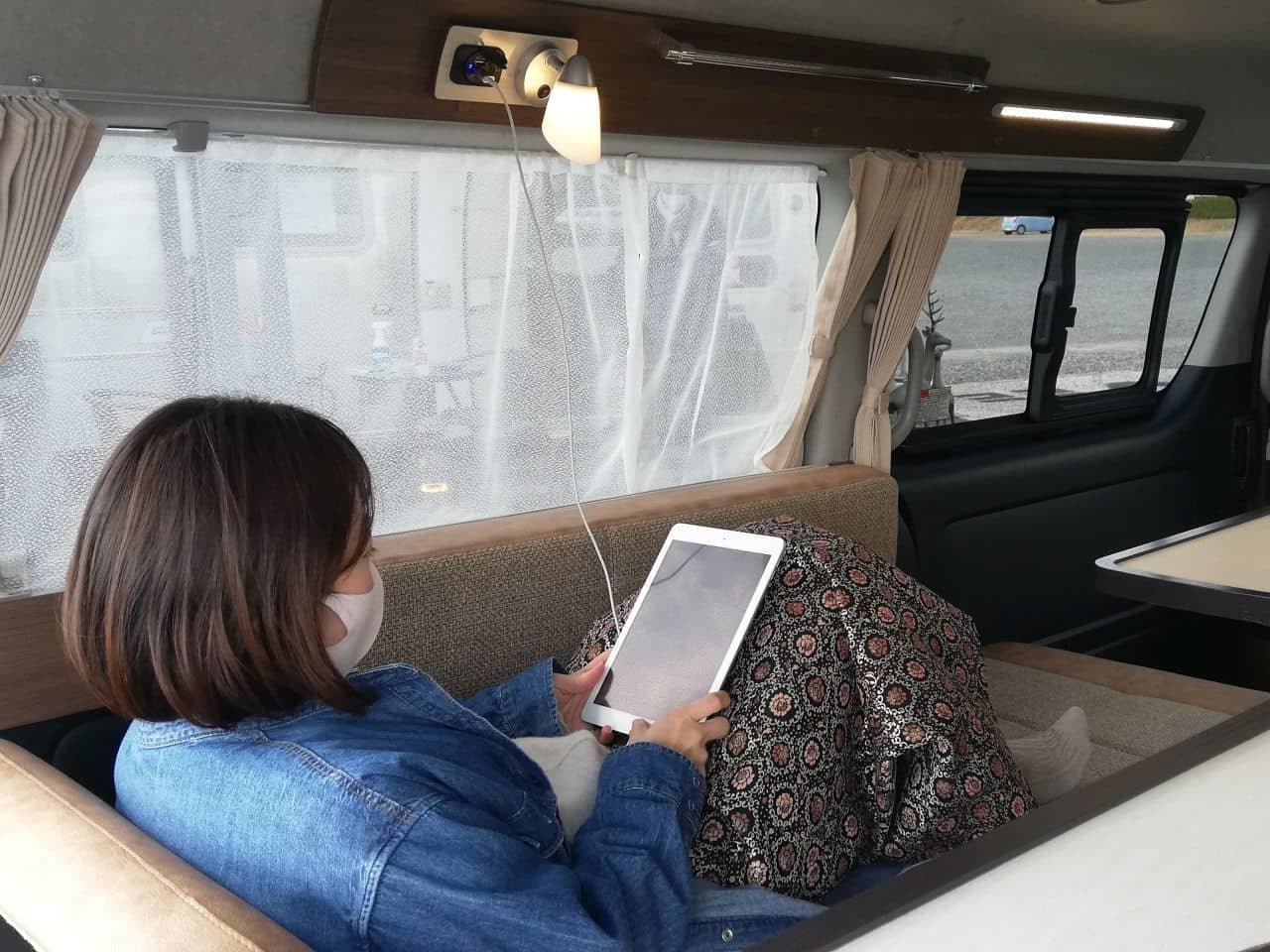 二人暮らしのキャンピングカー「レクビィ・プラスMR」
