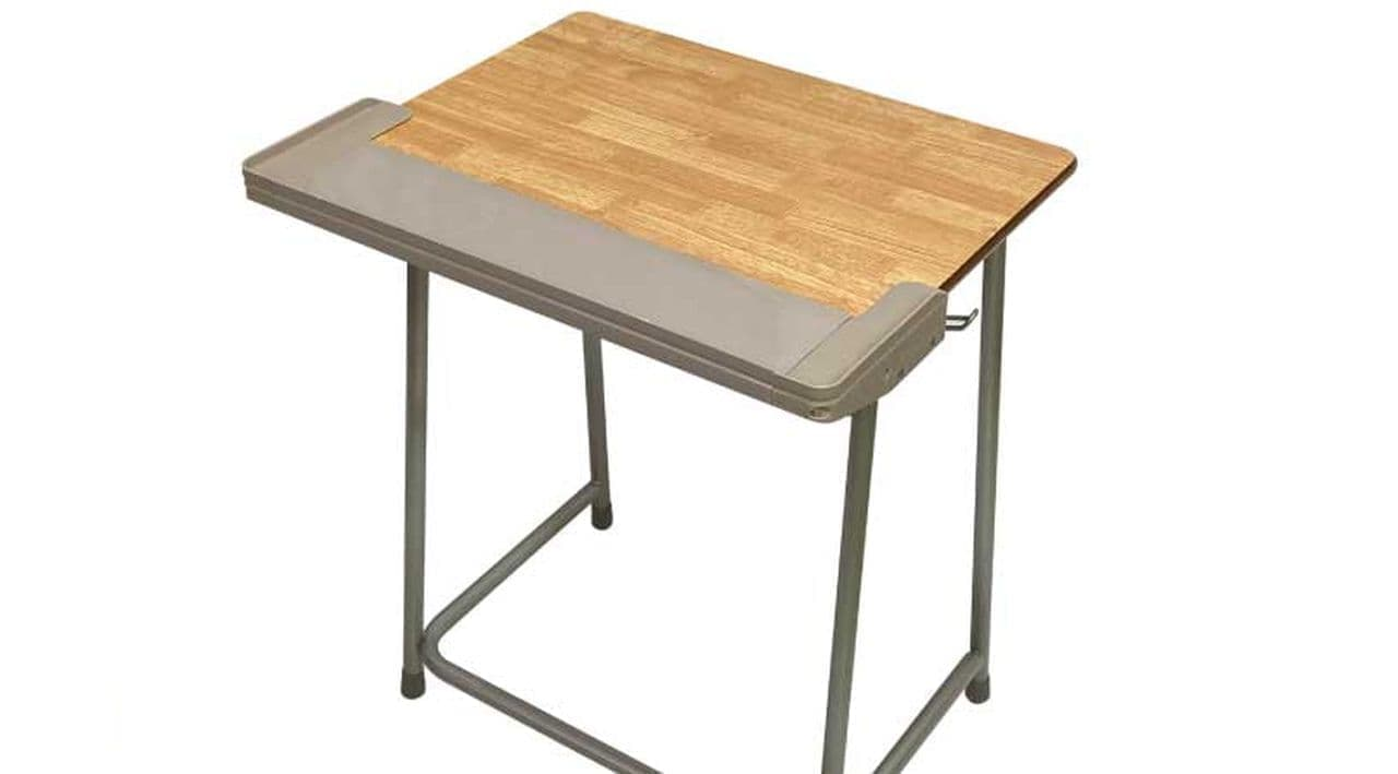 学校の机はノートPCを置くには狭すぎる…を解決する「天板拡張くん」