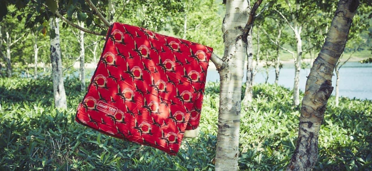 テーマは「The Red」コールマンが創業120周年記念製品を限定販売