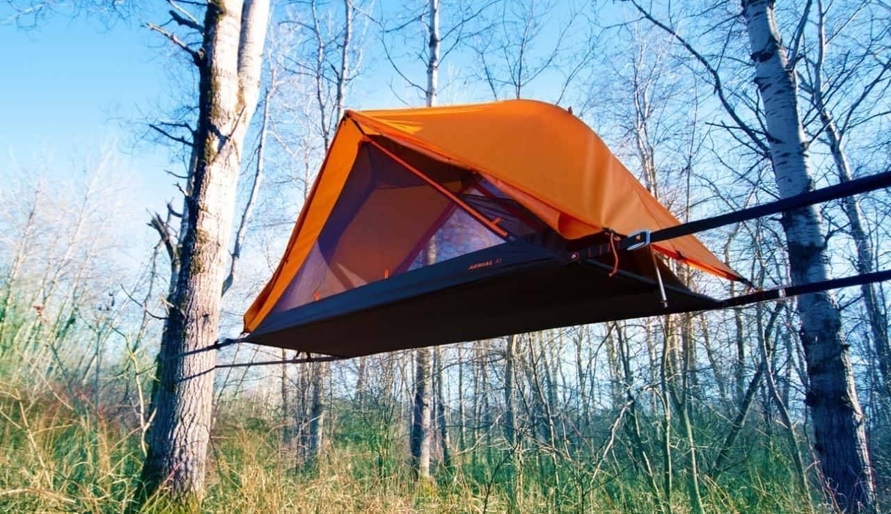 ソロキャンパーは空中に眠る!ハンモックみたいなテント「AERIAL A1」…安定の秘密は4本のアーム
