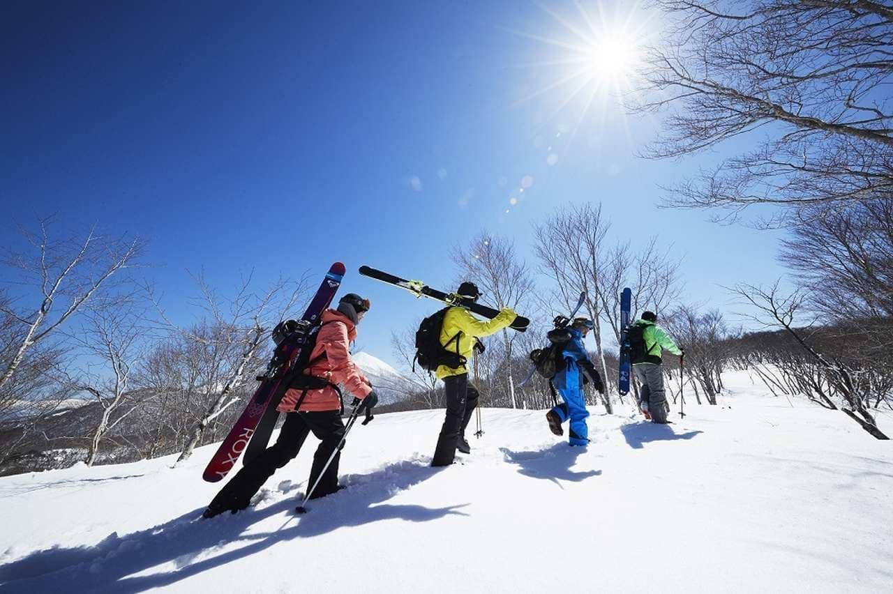 スキー場内で快適に仕事を行えるよう、テレワークスペースを用意