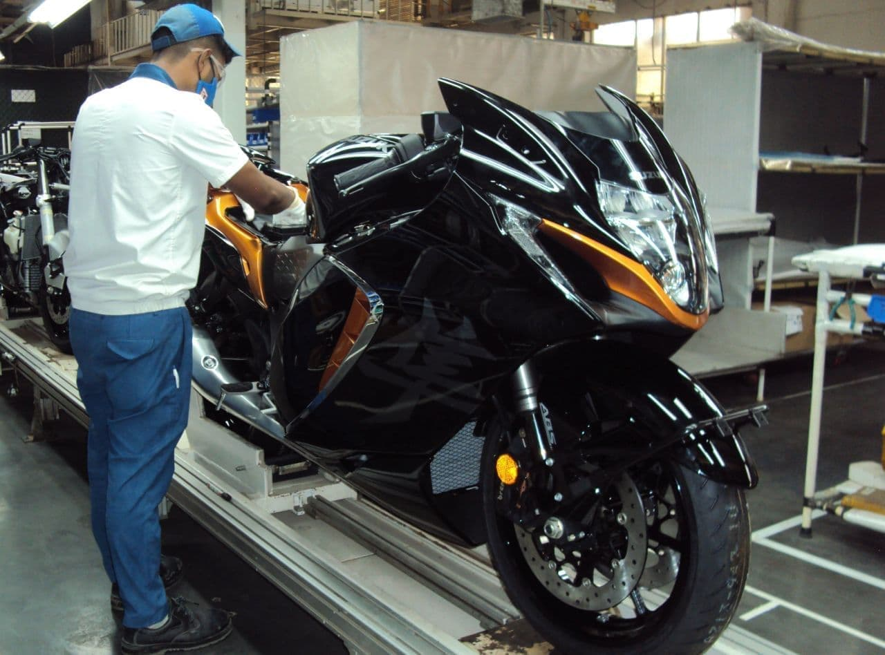 スズキ 新型「Hayabusa(ハヤブサ)」をインドで発売へ - 日本から部品を輸出してインドで組み立て