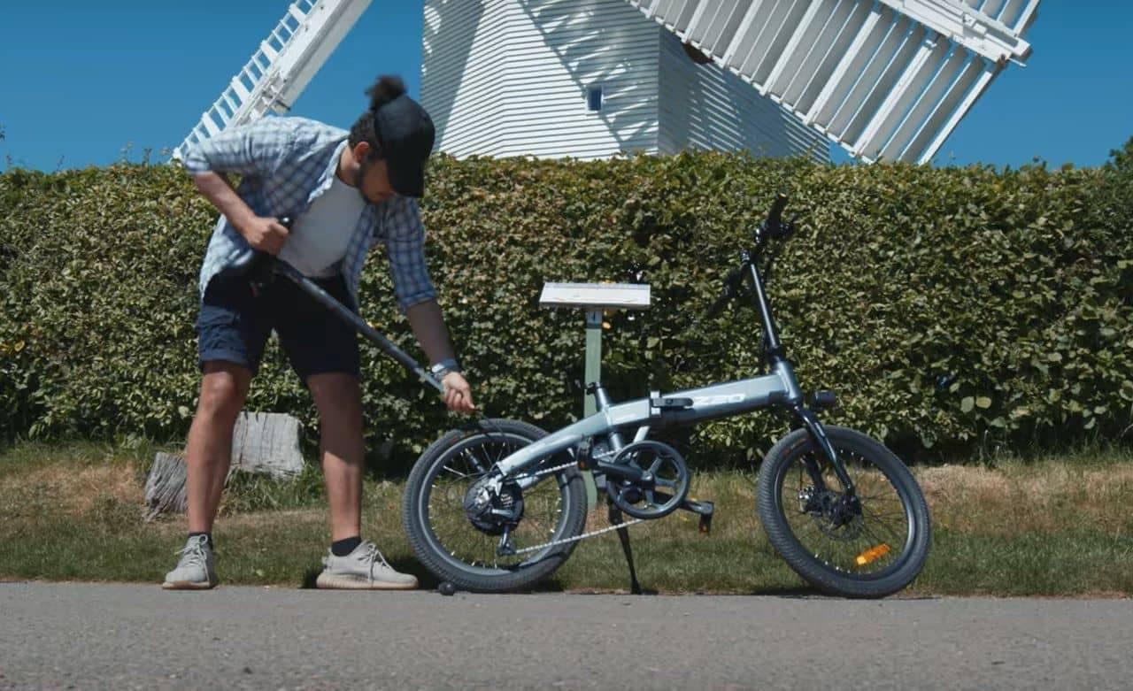 サドルが空気入れ! 電動アシスト自転車「HIMO Z20」Makuakeに登場