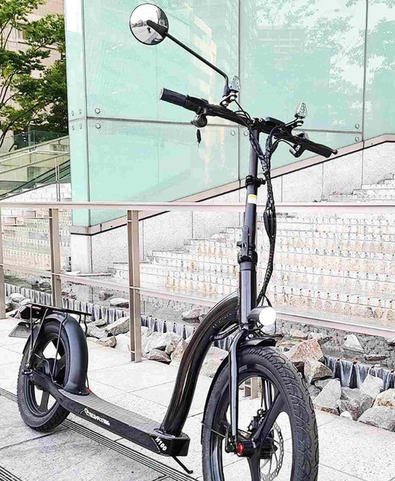 公道を走行可能な電動キックスケーター「H100」