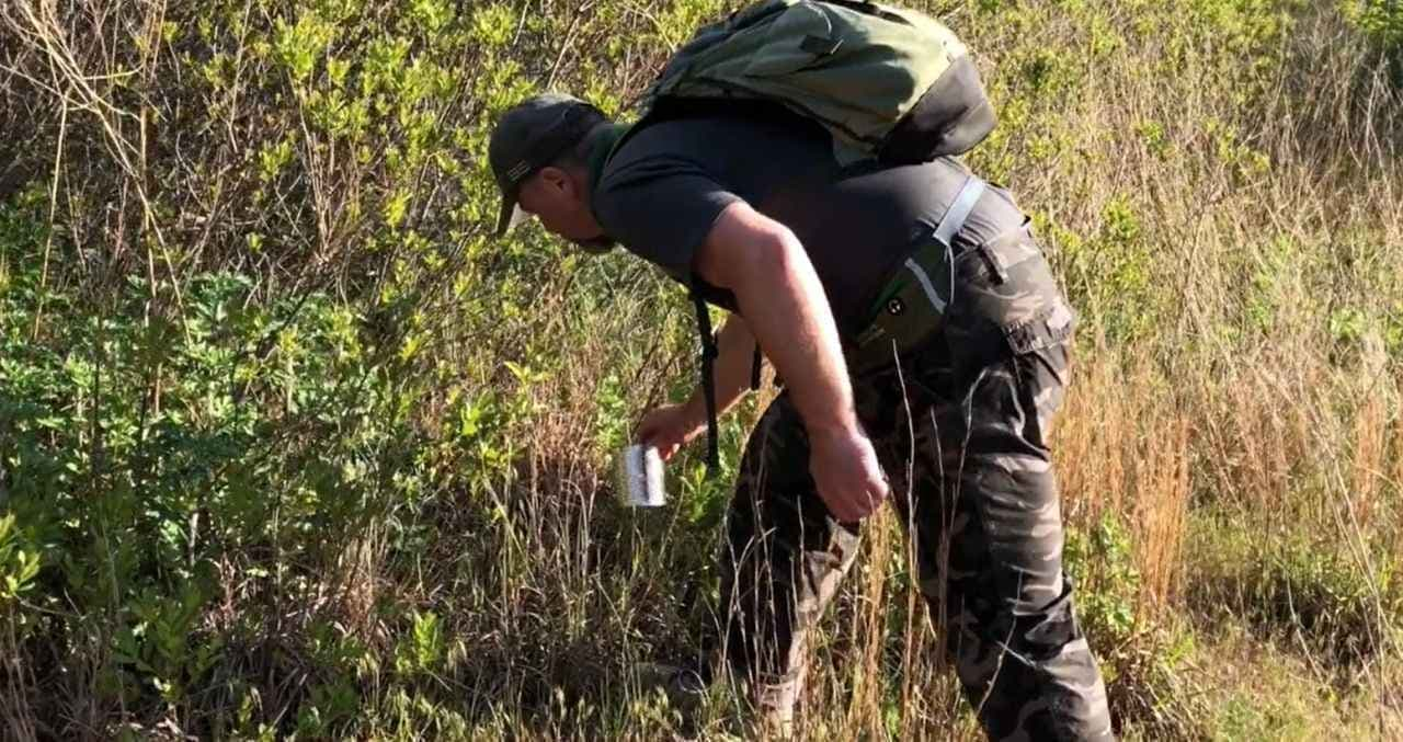 空き缶をコンロにする「Survival Stove Head」 男のソロキャンに!