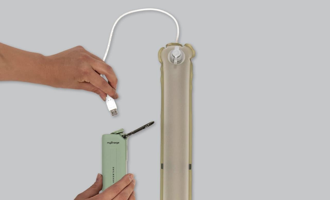 膨らませて使うキャンプ用ライト「Everglow Light Tube」 少しでも荷物の容積を小さくしたい人にぴったり