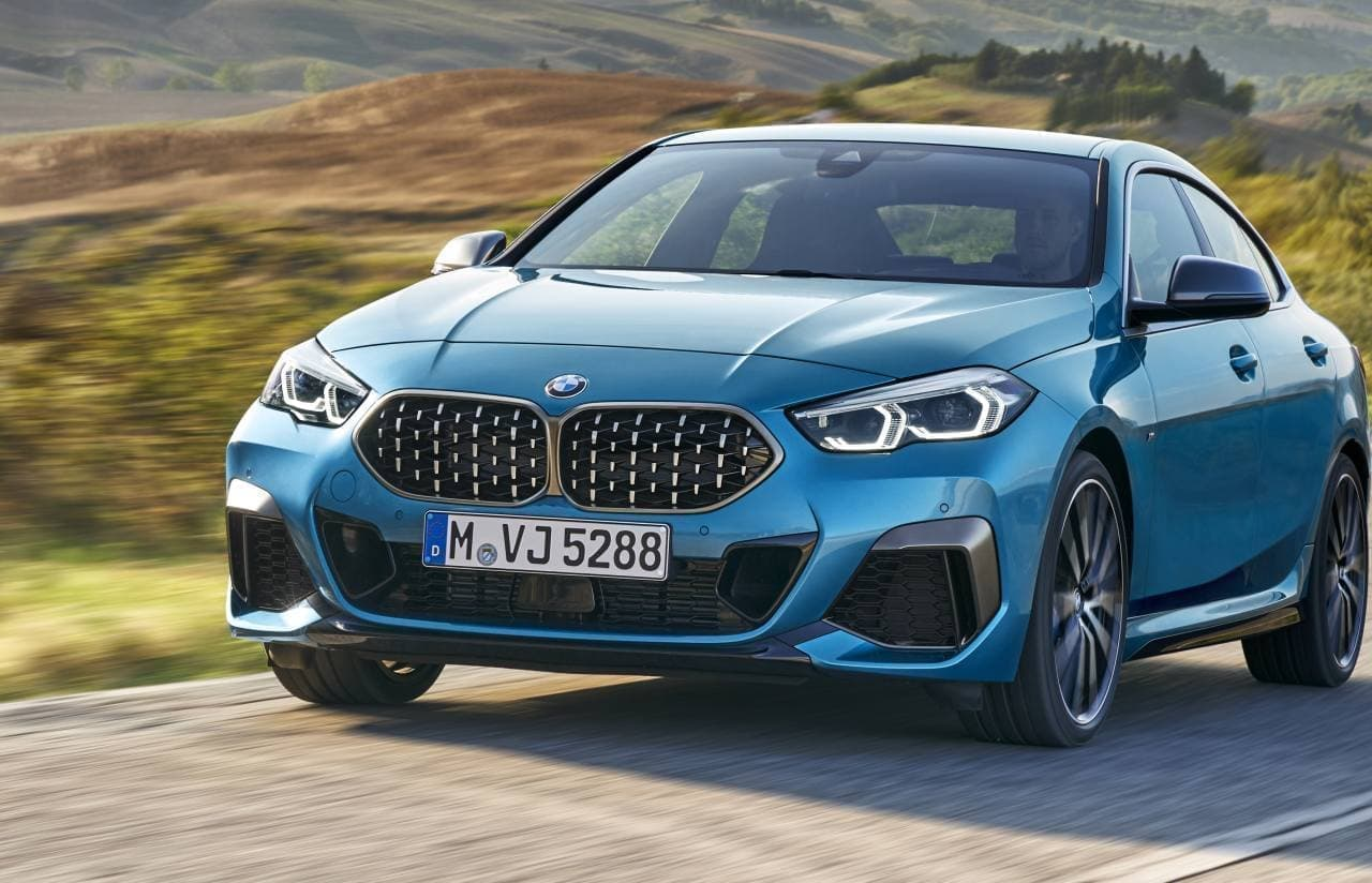 BMWが2シリーズ「グランクーペ」の標準装備を追加