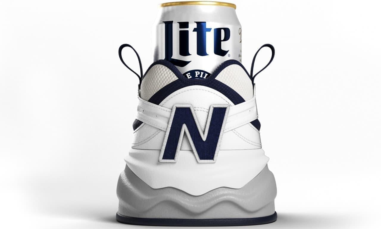ビールに履かせるスニーカー「Shoezie」 米国Miller Liteが発表
