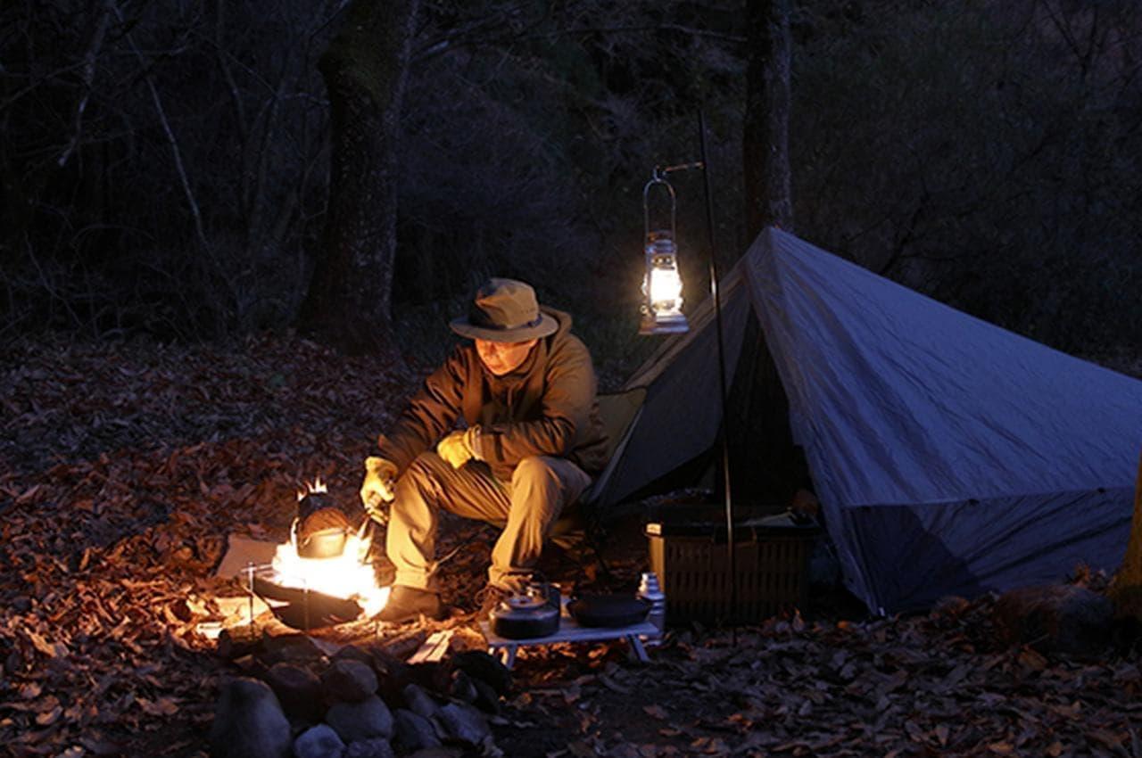 キャンプ初心者に 小型燃料兼着火剤「ファイアーパック」GREEN FUNDINGに登場