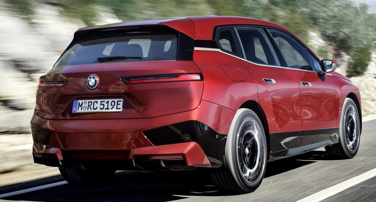 BMWが「iXローンチ・エディション」の先行予約受付を開始