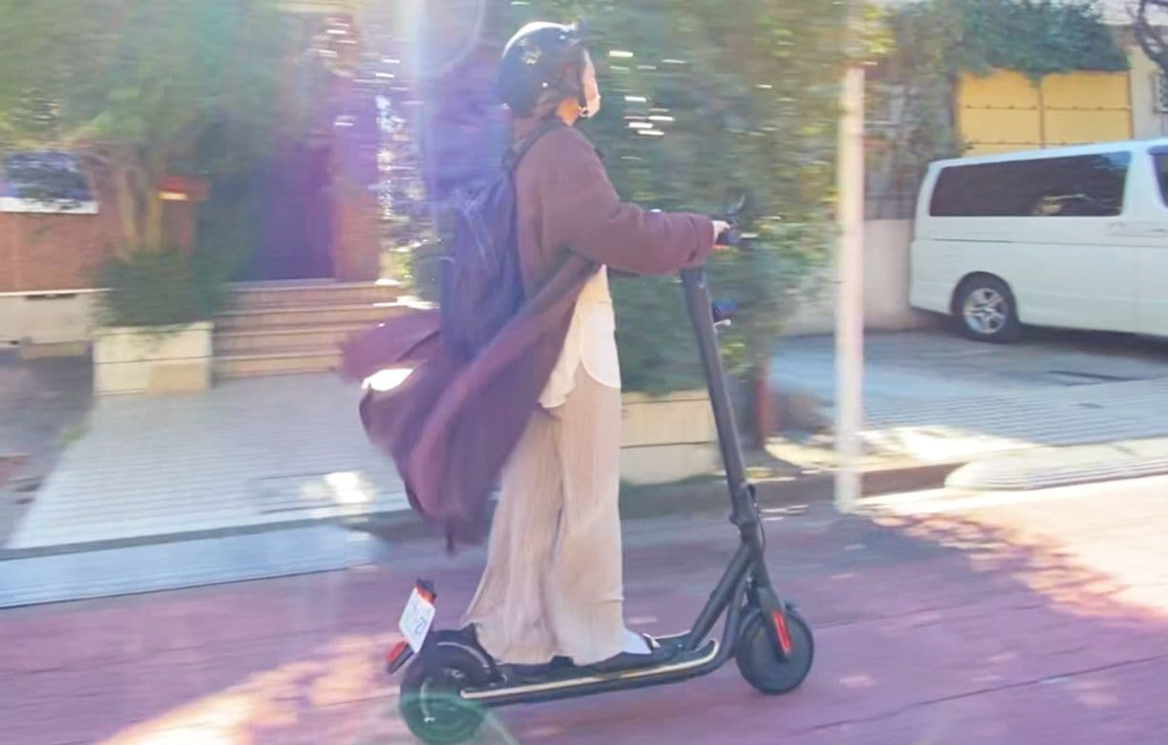 公道走行可能な電動キックボード「マイスター エフ」一般販売開始
