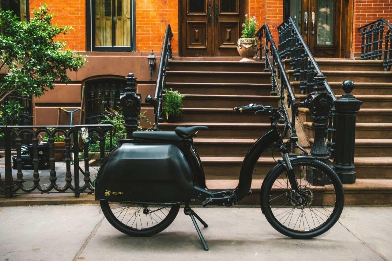 ベスパの元ディーラーが考えた電動カーゴバイク「Civilized Model 1」…人も荷物ものせられる