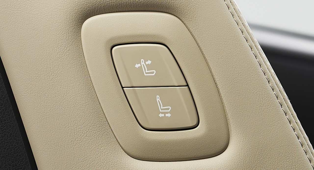 トヨタ「グランエース」マイチェン ― 助手席可倒式ヘッドレストを標準装備