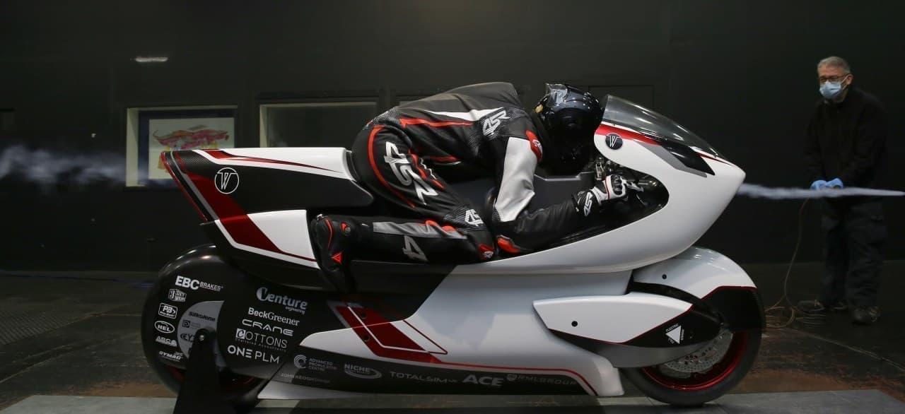 """世界最速402km/hを目指す""""空力のスーパーバイク""""「WMC250EV」"""
