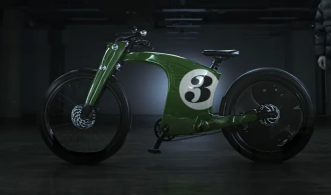 最新技術を詰め込んだ電動バイク「CrownCruiser」